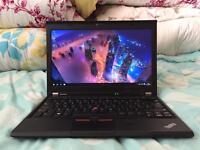 Lenovo x230 core i5-3320M 6GB Ram Windows 10 Ultrabook
