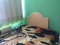 1 double bedroom to share close to chalvey high street