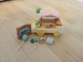 Sylvanian Families - toy wagon