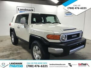 2010 Toyota FJ Cruiser BASE 4WD /LOW KMS !!