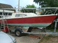 Prelude 19 Sailing Yacht Boat Trailer Sailer