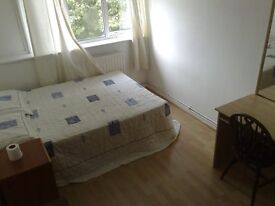 Nice double room in a clean house Flat share, ON OLD KENT ROAD SE1; CLOSE TO BOROUGH LONDON BRIDGE