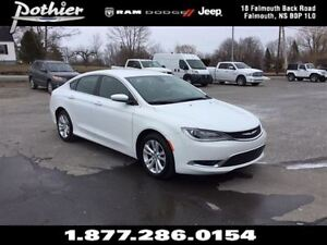 2015 Chrysler 200 Limited | CLOTH | HEATED MIRRORS | UCONNECT |