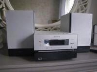 SONY HCD-CBX3 MICRO HI-FI SYSTEM COMPLETE with SPEAKERS; REMOTE CONTROL and INSTRUCTIONS BOOK.