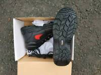 Safety boots ×3 pairs size 9