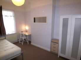 FAB...Large Double Bedroom, ALL BILLS INCLUDED!!!!!!