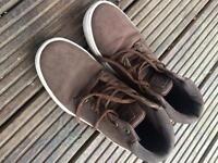 Firetrap trainer boots size 4