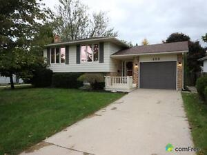 $229,900 - Split Level for sale in Sarnia