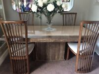 Beautiful marble dining table / 4 chairs