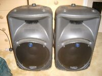 2 X MACKIE POWERED SPEAKERS