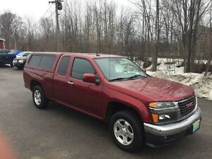 2011 GMC Canyon SLE Matching cap , only 67000km