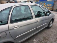citroen picasso 56 driver side front door