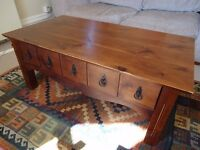 Coffee table in good condition