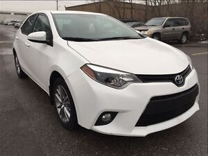 2015 Toyota Corolla SE / WITH SUNROOF