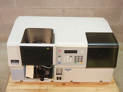 Perkin Elmer N040026 Used Aanalyst 100 Atomic Absorption Spectrometer N040026