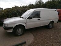 Classic rover (ledbury) maestro van