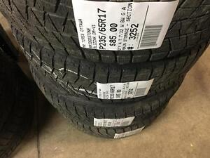 235/65/17 Bridgestone Blizzak DM-V1 *Winter Tires*