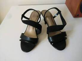 New & Unworn M&S Marks & Spencer Shoes - Size 3