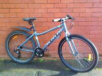 Carrera Axle LTD Hybrid City Bike - Aluminium frame , mudguards , comfortable seat , good brakes