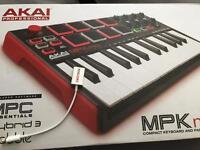Akai MPK mini professional keyboard