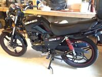 Sinnis Max 2, 125cc - MotorBike