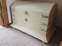 Upcylcled blanket box/storage chest