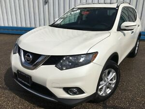 2016 Nissan Rogue SV AWD *SUNROOF-HEATED SEATS*