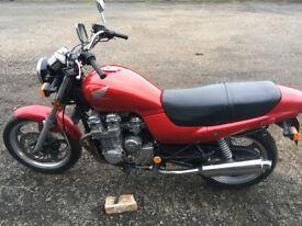 Honda 750 Nighthawk Motorbike