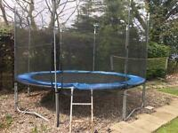 12ft trampoline & enclosure