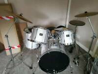 Pearl series export drum kit (still available)