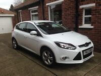 Ford Focus Zetec 125 Auto 1.6. Immaculate condition Low Mileage