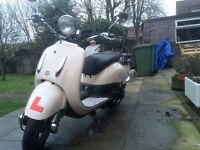 Lexmoto TOMMY 125cc Retro Style Scooter. Learner Legal. 5000 Miles!