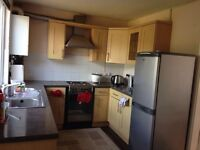 2 Bed Property for Rent folleshil area