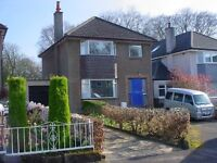 3 bed house, Bishopbriggs near Glasgow, unfurnished. £850/month. Available now.