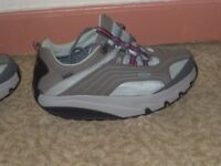 MBT shoes, size 6, brand new condition as never worn. Great for toning legs.