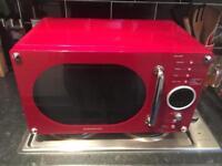 Daewoo Red Microwave