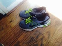 Nike Trainers- size 5-6