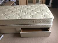SUPER QUIALITY MYERS SINLE BED AND BASE WITH DRAWS.POCKET SPRUNG MATTRESS NO DAMAGE ONLY £60