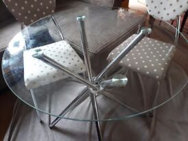 80cm round glass topped dining tanle with 4 chairs