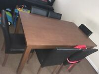 6 Seater Dining Room Table an Leather Chairs