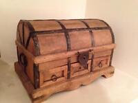 Small chest wooden metal trinket