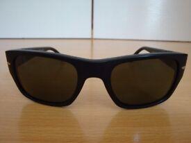 Persol PO3021S Sunglasses Handmade Polarised Wayfarer style