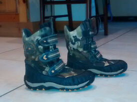 Snow Boots - UK Size 3
