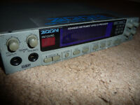 Zoom 9030 instrument multi effects processor (for guitar keyboard etc)