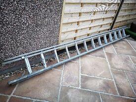 Wooden Extending Ladder