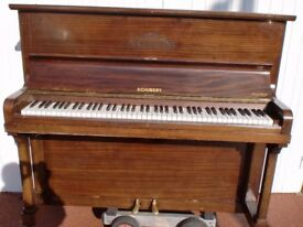 schubert piano suit beginner £120 can deliver free local tuned