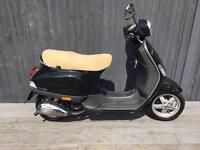 Piaggio Vespa lx 50cc full logbook one year mot two keys 650 Ono