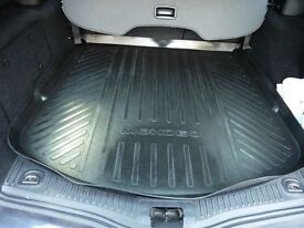 Genuine Ford Mondeo bootliner and load barrier retention net