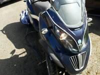 PIAGGIO MP3 400 LT BLUE 2009 AUTOMATIC DRIVE ON CAR LICENSE