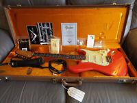Fender Custom Shop Stratocaster 60s relic. Faded Fiesta Red + all original MINT
